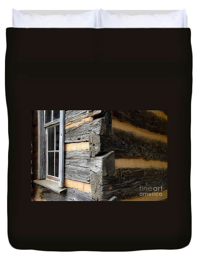 Cabin Duvet Cover featuring the photograph Pioneer Craftsmanship by David Lee Thompson