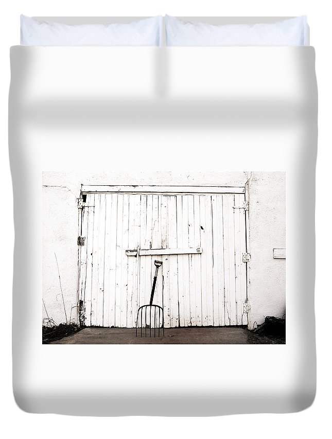 Americana Duvet Cover featuring the photograph Pitch Fork by Marilyn Hunt