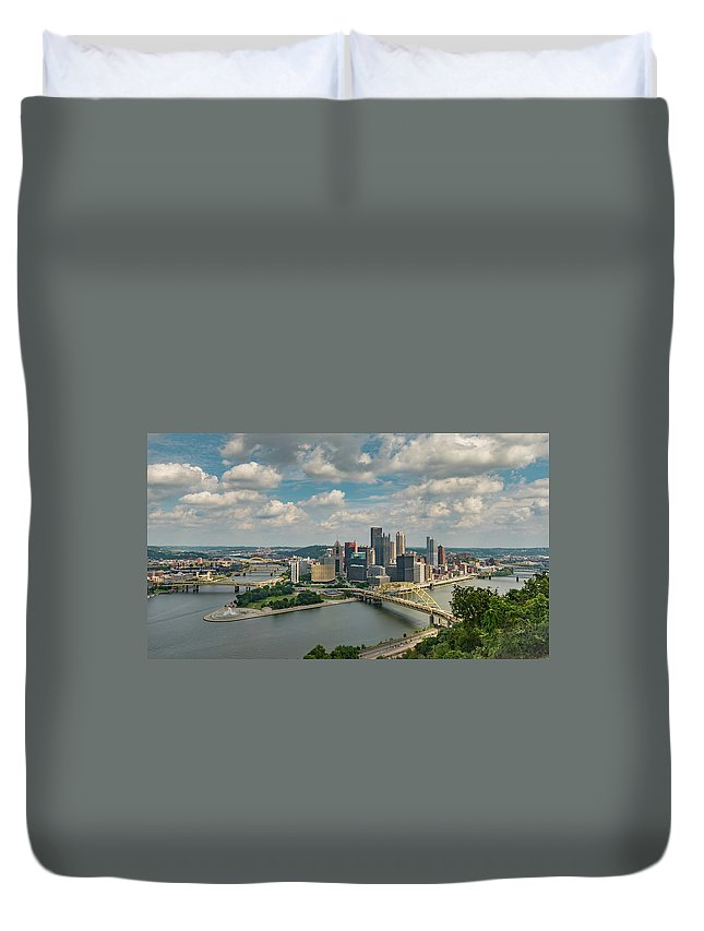 Bridges Duvet Cover featuring the photograph Pittsburg Skyline by Guy Whiteley