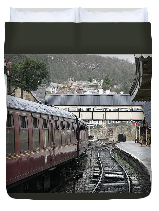 Trains Duvet Cover featuring the photograph Platform 2 by Christopher Rowlands