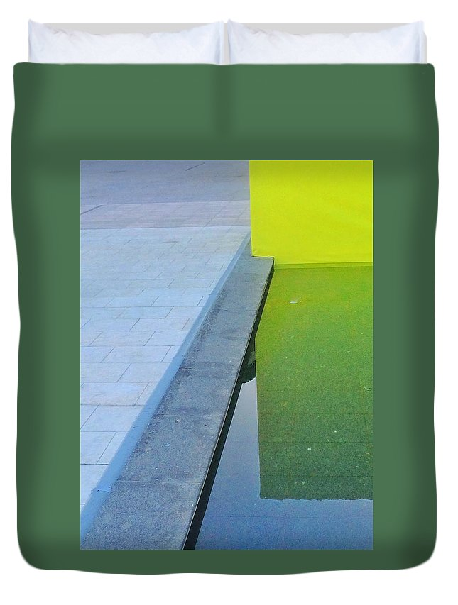 Plaza Duvet Cover featuring the photograph Plaza by Julian Darcy