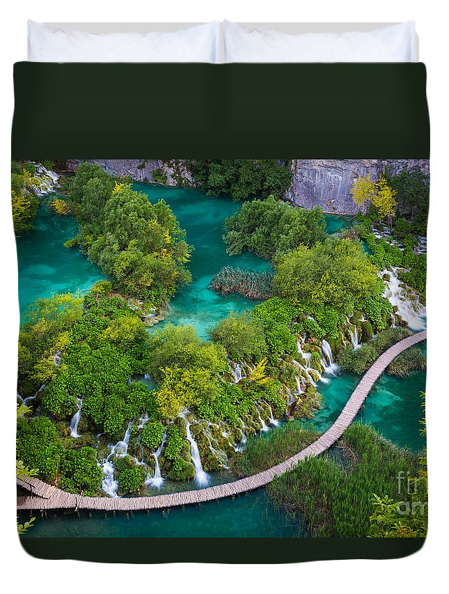 Adriatic Duvet Cover featuring the photograph Plitvice Boardwalk by Inge Johnsson