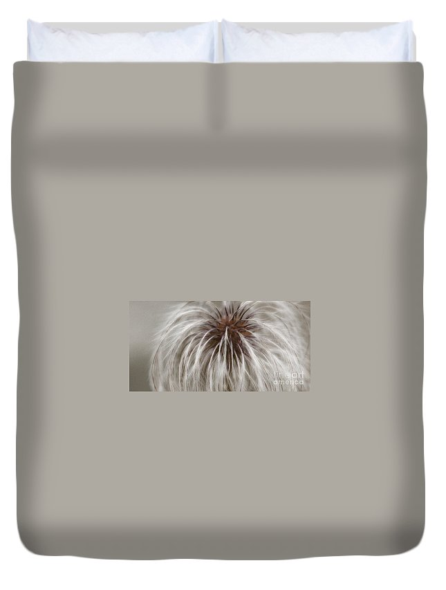 Plume Duvet Cover featuring the photograph Plumosa by Linda Shafer
