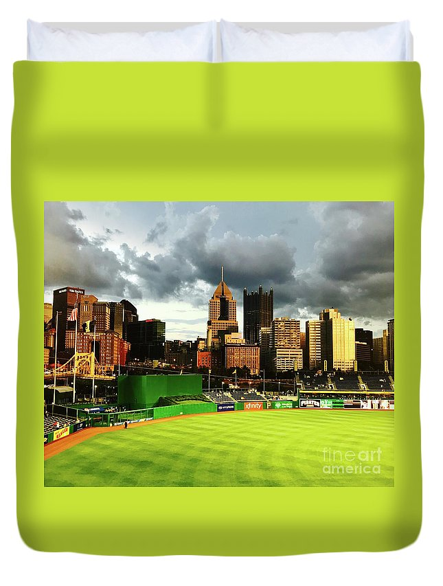 Pittsburgh Duvet Cover featuring the photograph Pnc Park by Michael Krek