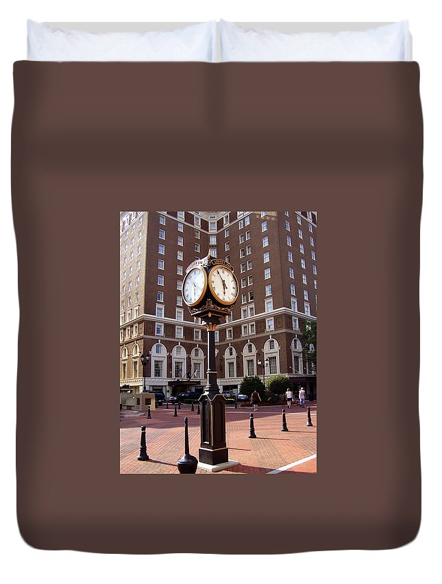 Poinsett Hotel Duvet Cover featuring the photograph Poinsett Hotel Greeenville Sc by Flavia Westerwelle