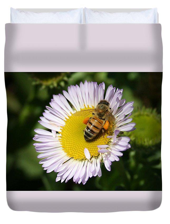 Pollen Harvest Duvet Cover featuring the photograph Pollen Harvest by Ellen Henneke