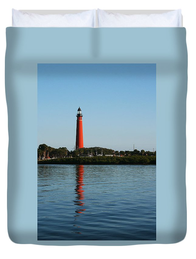 Lighthouse Tall Red Water Reflection Fl Sky Blue Wave Ripple Inlet Travel Tourist Vacation Duvet Cover featuring the photograph Ponce Inlet Lighthouse by Andrei Shliakhau