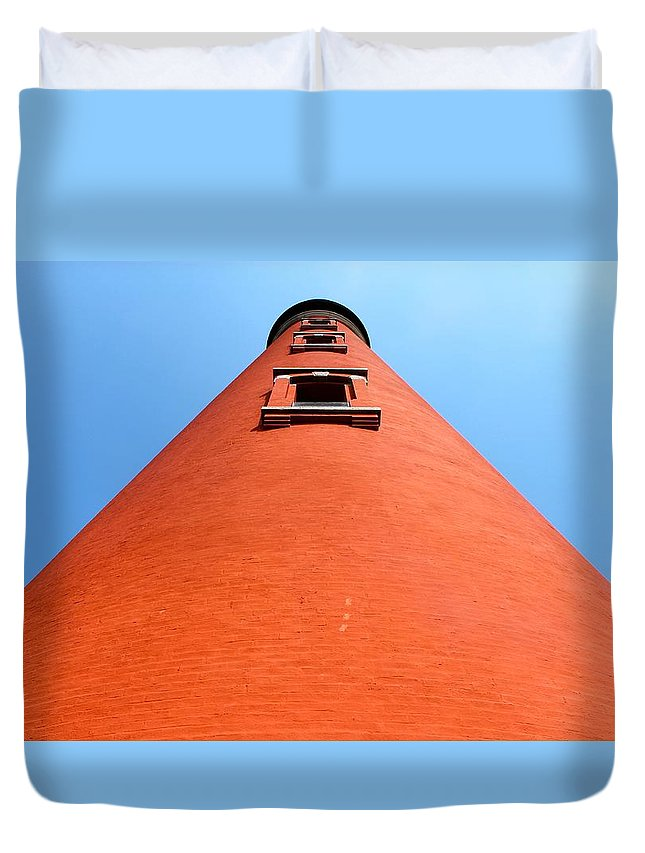 Lighthouse Duvet Cover featuring the photograph Ponce by Jennifer Raines