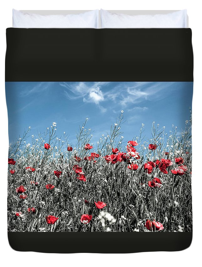 Duvet Cover featuring the photograph Poppies by Cata Deka