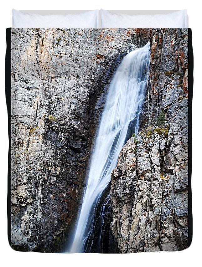 Porcupine Falls Duvet Cover featuring the photograph Porcupine Falls by Larry Ricker