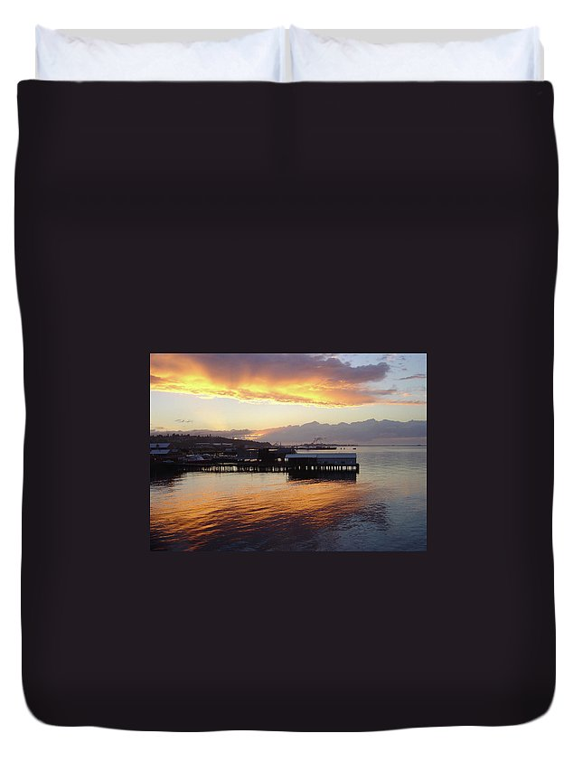 Washington State Duvet Cover featuring the photograph Port Angeles Sunset by William Moore