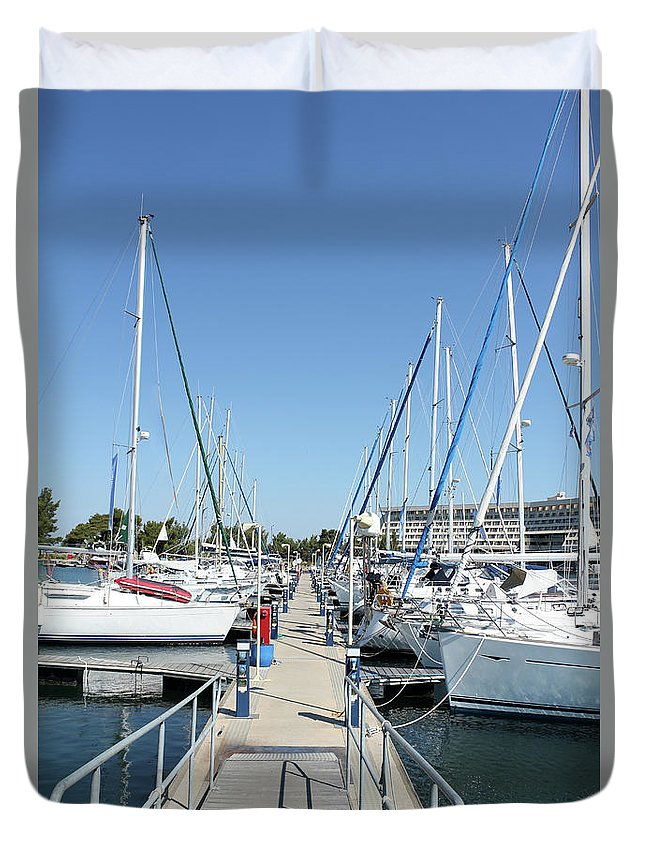 Yacht Duvet Cover featuring the photograph Port With Yacht by Goce Risteski