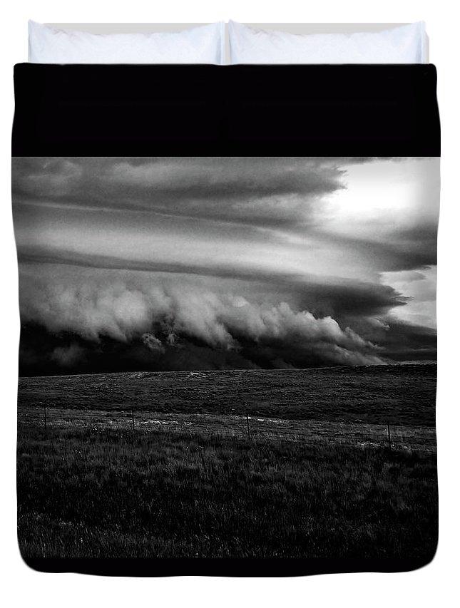 Storm Duvet Cover featuring the photograph Portent by Joseph Noonan