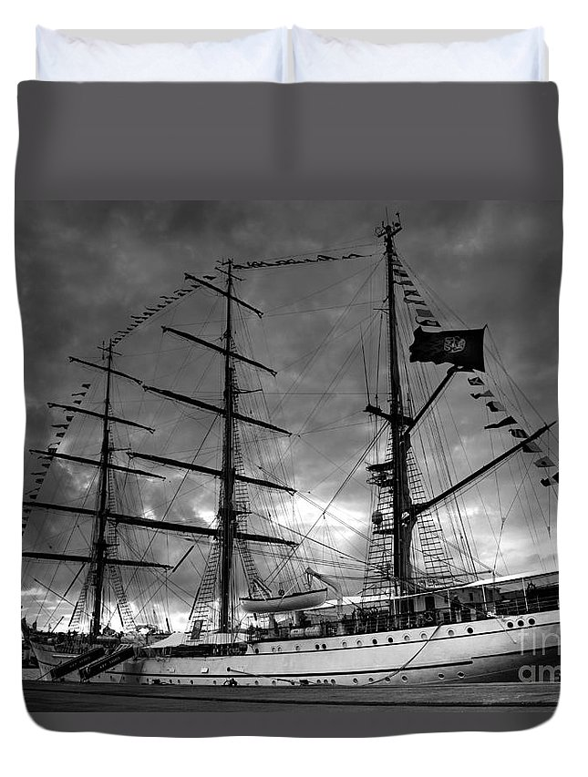Brig Duvet Cover featuring the photograph Portuguese Tall Ship by Gaspar Avila