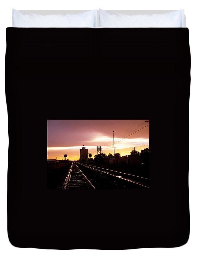 Potter Duvet Cover featuring the photograph Potter Tracks by Jerry McElroy
