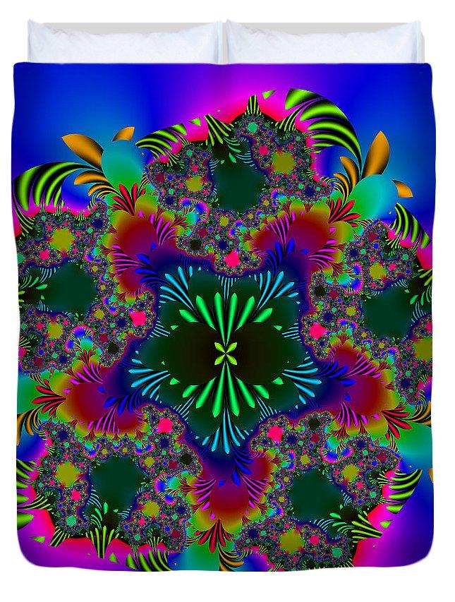 Fractal Duvet Cover featuring the digital art Prettering by Andrew Kotlinski