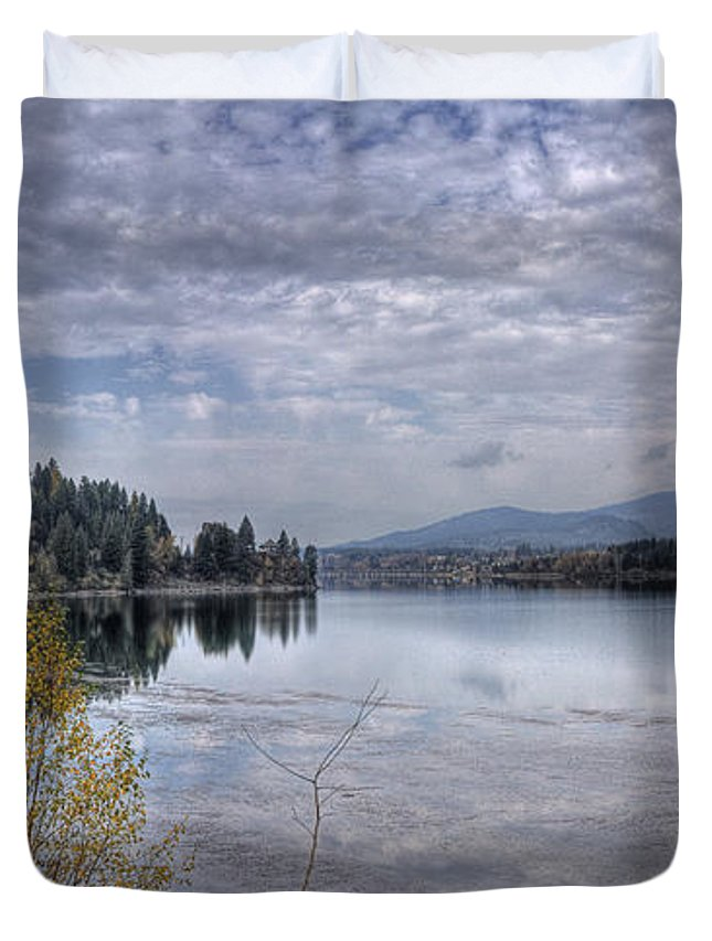 Duvet Cover featuring the photograph Priest River Panorama 8 by Lee Santa