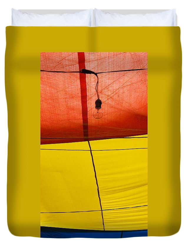 Bulb Duvet Cover featuring the photograph Primary Light by Skip Hunt