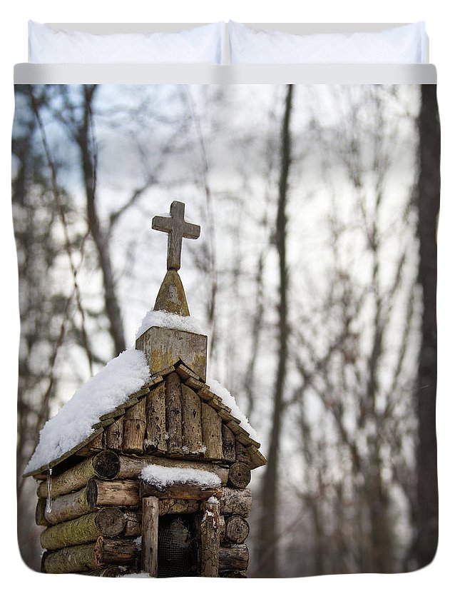 Primitive Church Duvet Cover featuring the photograph Primitive Church In The Mountains by Douglas Barnett