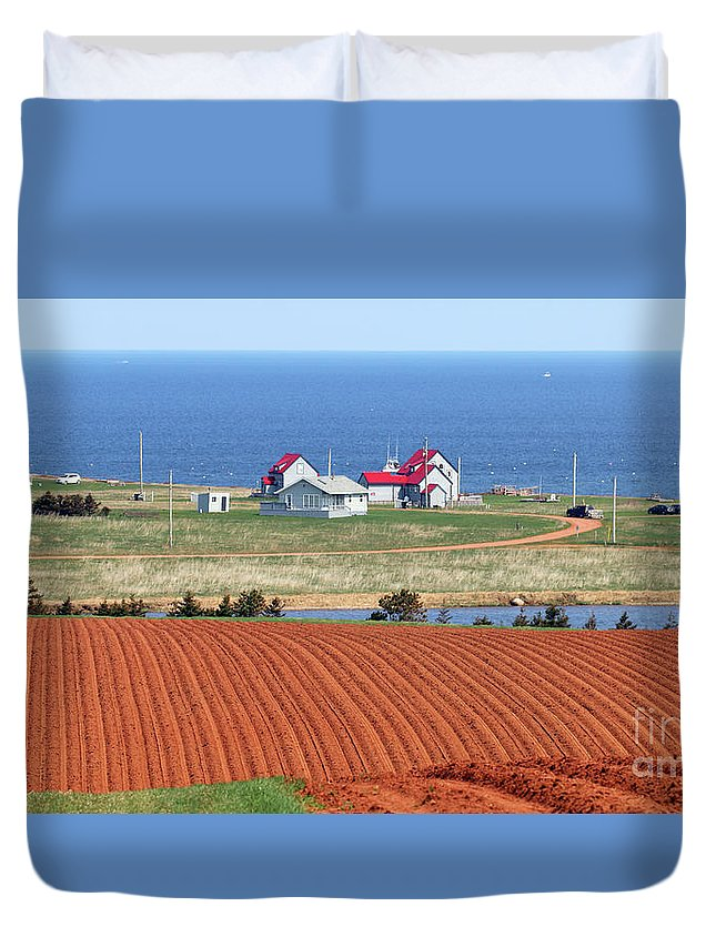 Prince Edward Island Duvet Cover featuring the photograph Prince Edward Island Fields 5642 by Jack Schultz