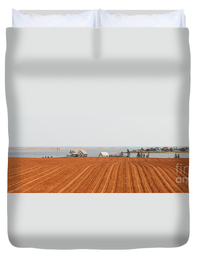 Prince Edward Island Duvet Cover featuring the photograph Prince Edward Island Fields 5668 by Jack Schultz