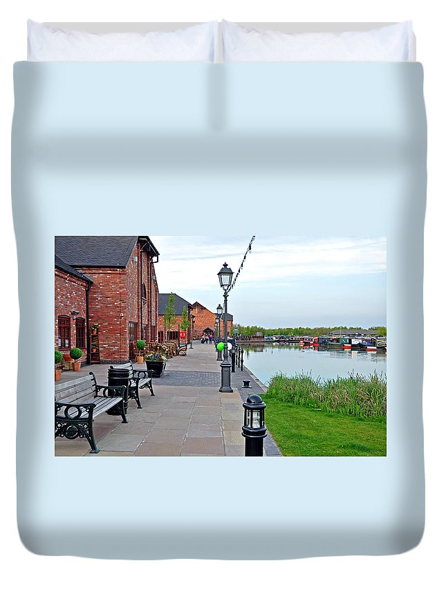 Europe Duvet Cover featuring the photograph Promenade And Boats At Barton Marina by Rod Johnson