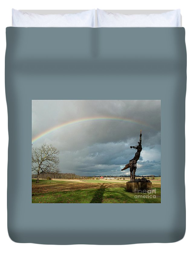 Louisiana State Monument Duvet Cover featuring the photograph Promise To Gettysburg by Kat Zalewski-Bednarek