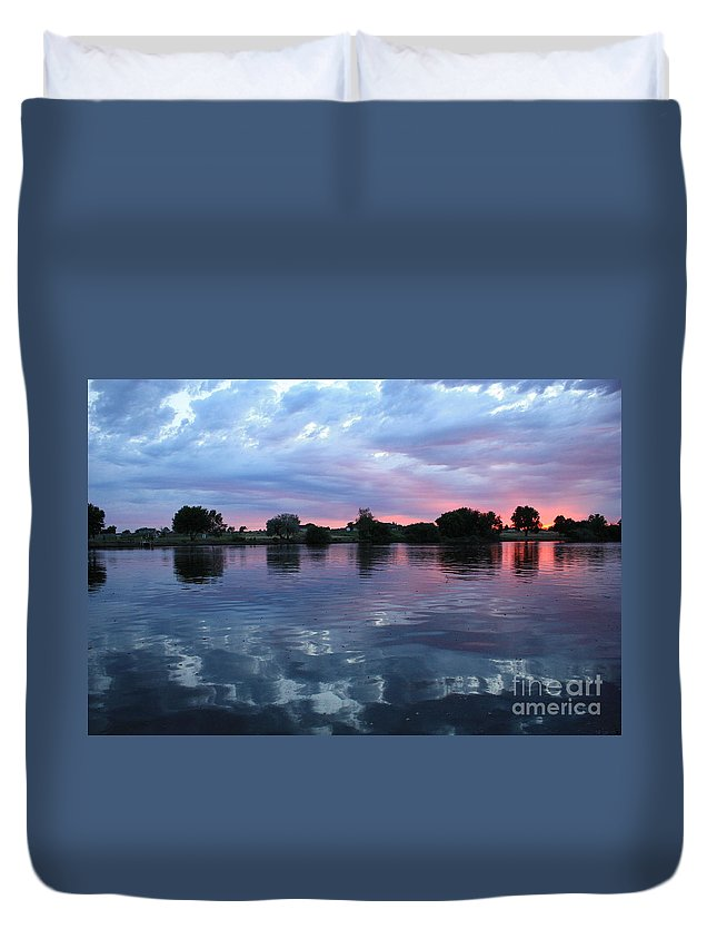 Sunset Duvet Cover featuring the photograph Prosser Pink Sunset 5 by Carol Groenen