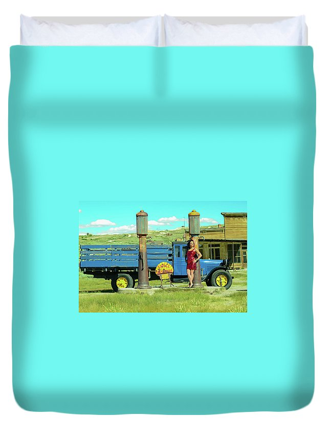 Duvet Cover featuring the photograph Pump It Up by Vivian Sampson
