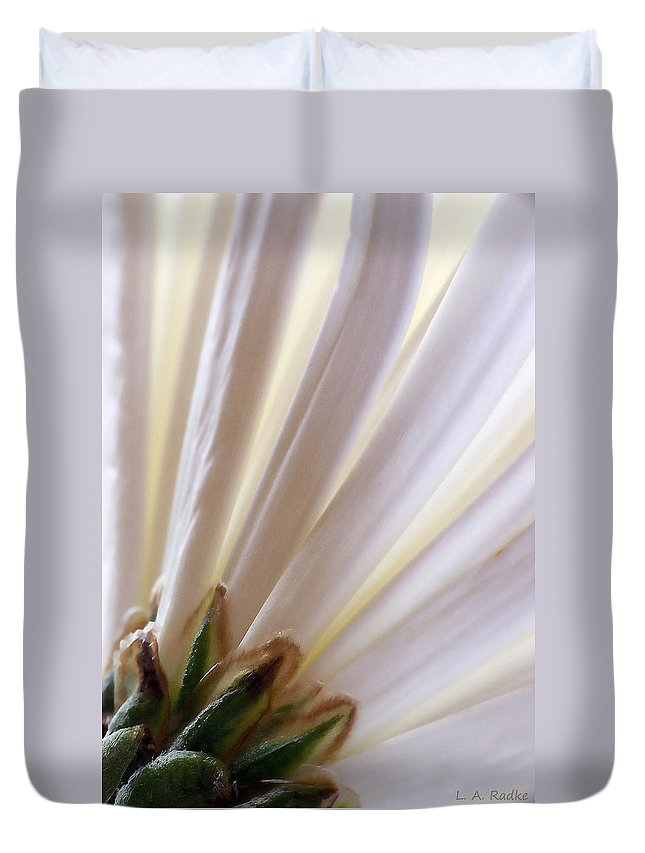 Macro Duvet Cover featuring the photograph Pure by Lauren Radke