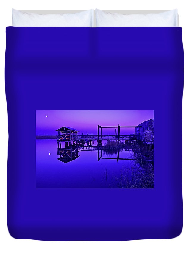 Landscape Duvet Cover featuring the photograph Purple Perspectives by Laura Ragland