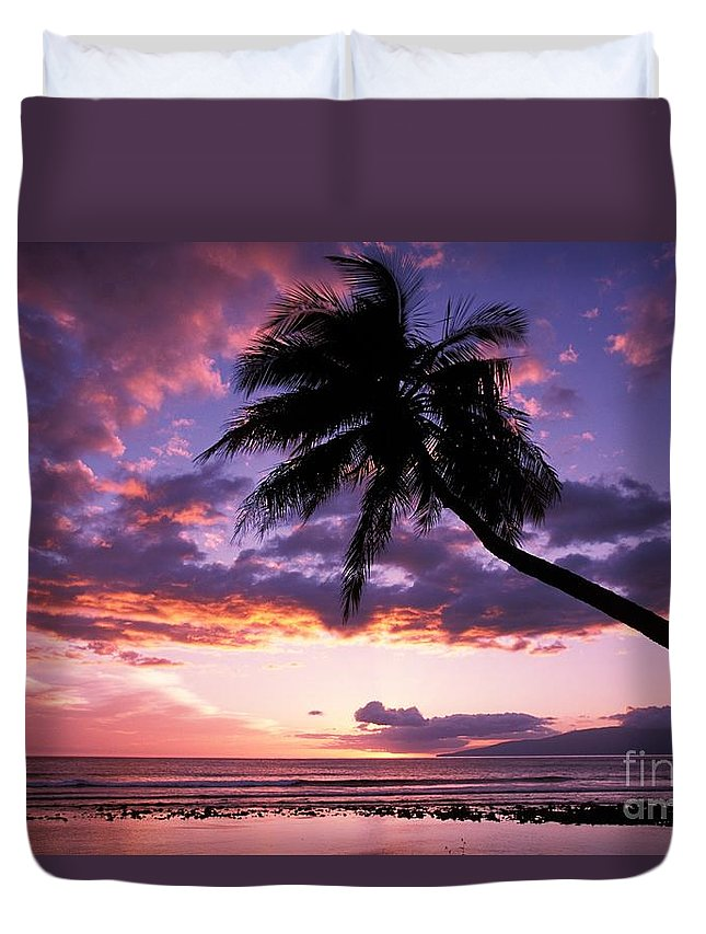 Beach Art Duvet Cover featuring the photograph Purple Sunset by Ron Dahlquist - Printscapes