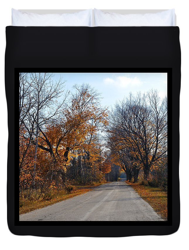 Road Duvet Cover featuring the photograph Quarterline Road by Tim Nyberg