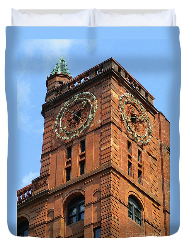 Montreal Duvet Cover featuring the photograph Quebec Bank Building by Randall Weidner