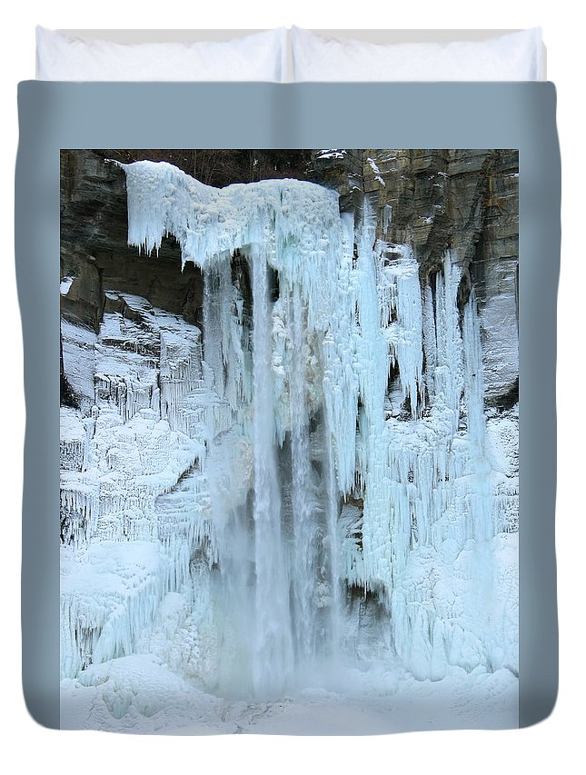 Ice Duvet Cover featuring the photograph Queen's Throne by Azthet Photography