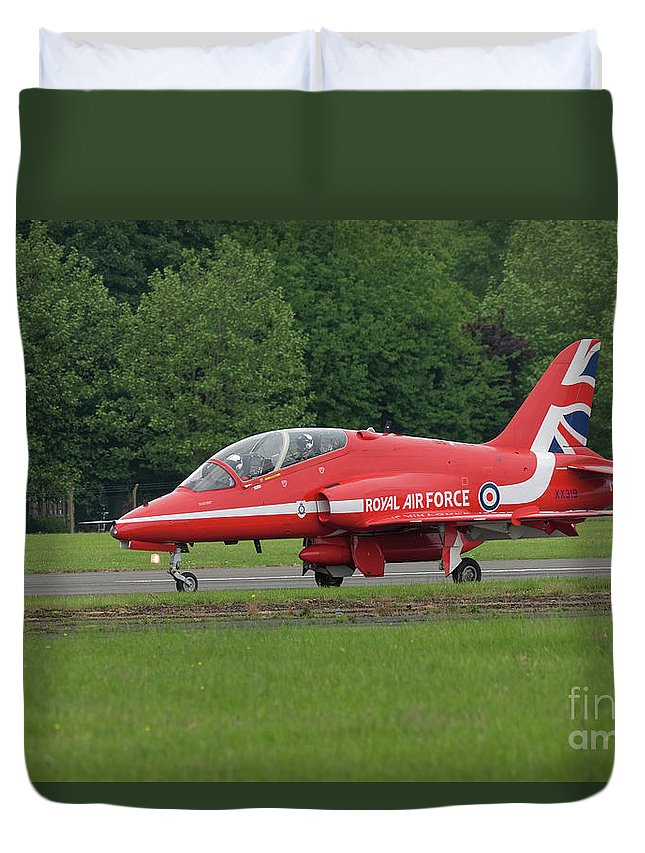 Red Duvet Cover featuring the photograph Raf Red Arrows Jet Lands by Philip Pound