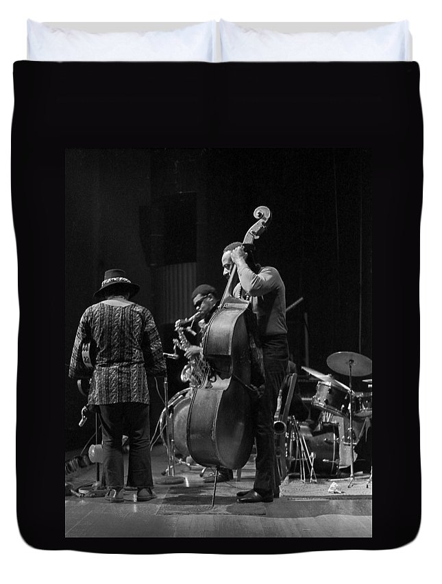 Rahsaan Roland Kirk Duvet Cover featuring the photograph Rahsaan Roland Kirk 2 by Lee Santa