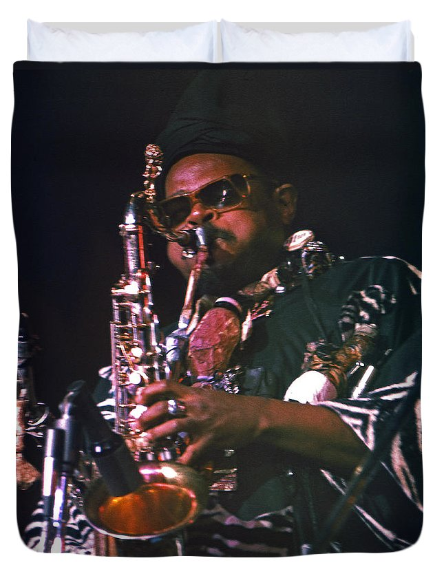 Rahsaan Roland Kirk Duvet Cover featuring the photograph Rahsaan Roland Kirk 4 by Lee Santa