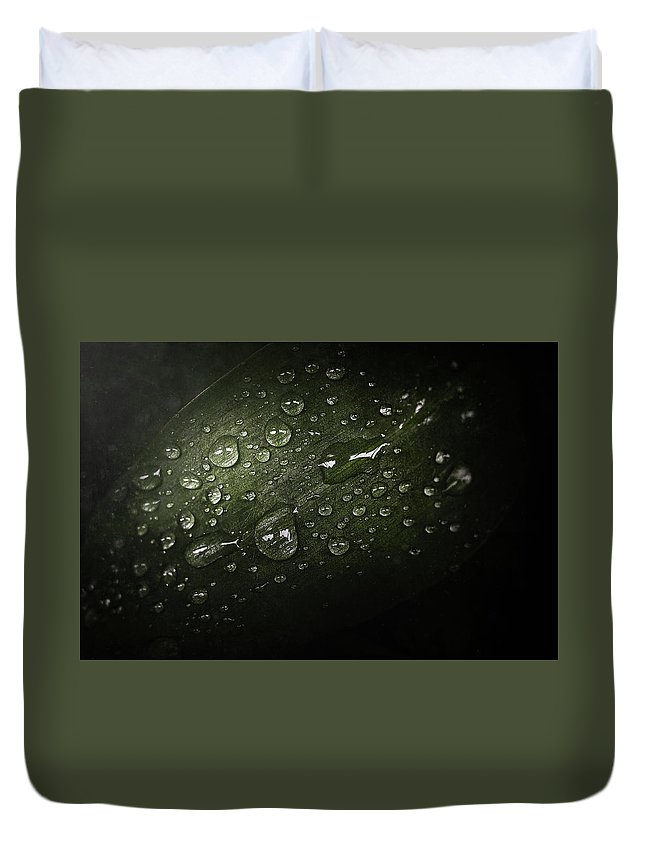Macro Duvet Cover featuring the photograph Rain Drops On Leaf by Scott Norris