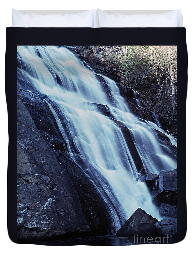 Waterfall Duvet Cover featuring the photograph Rainbow Falls by Richard Rizzo
