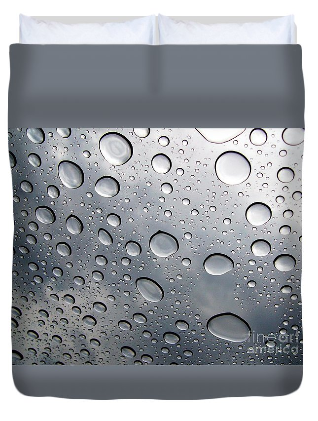Rain Duvet Cover featuring the photograph Raindrops by Kenna Westerman