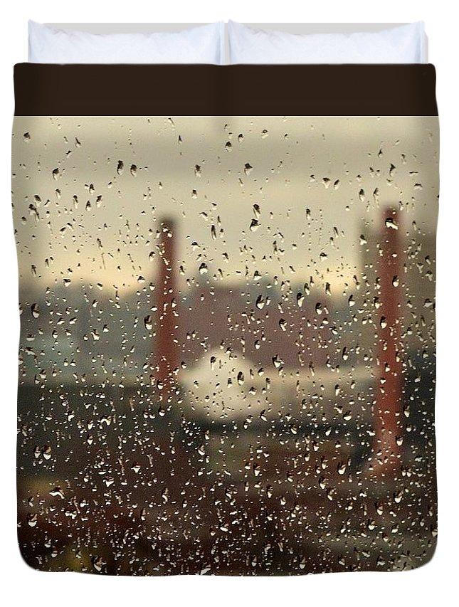 Rain Duvet Cover featuring the photograph Raindrops by Lisa Kane