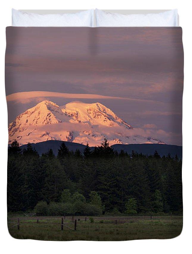 Mount Rainier Duvet Cover featuring the photograph Rainier Dusk by Mike Reid