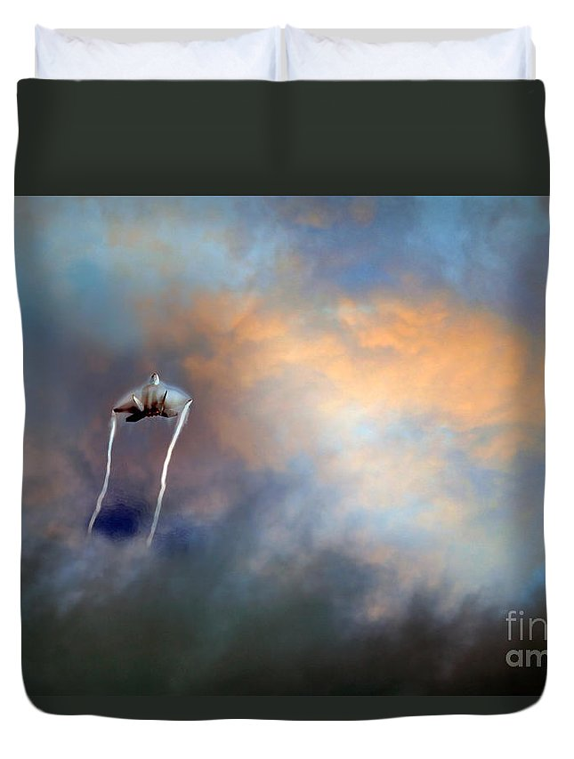 F-22 Duvet Cover featuring the digital art Raptor Vapour by Airpower Art