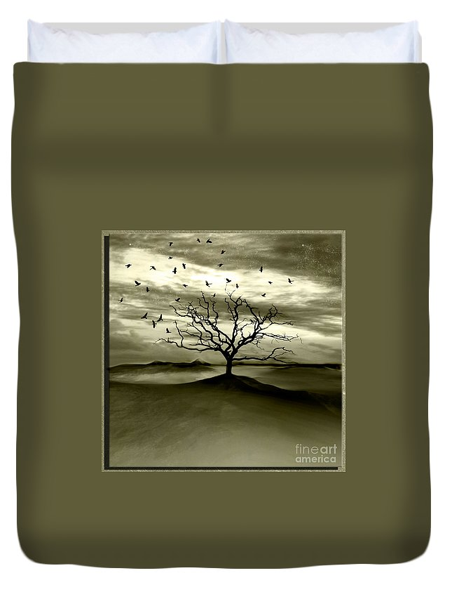 Landscape Duvet Cover featuring the photograph Raven Valley by Jacky Gerritsen