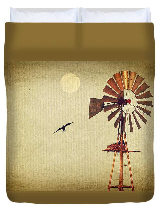 Moon Duvet Cover featuring the photograph Ravens Under The Moon by Brent Hall