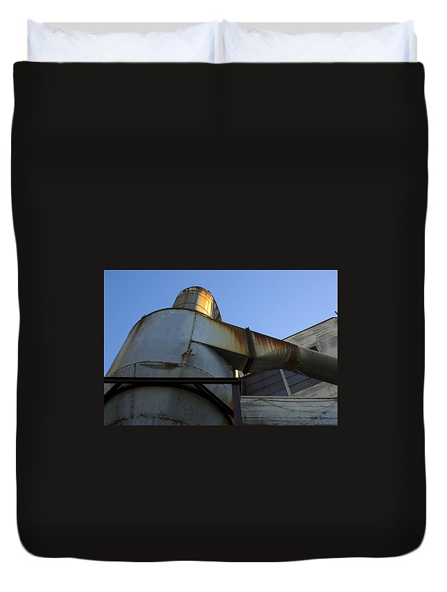Duct Duvet Cover featuring the photograph Reaching by Sara Stevenson