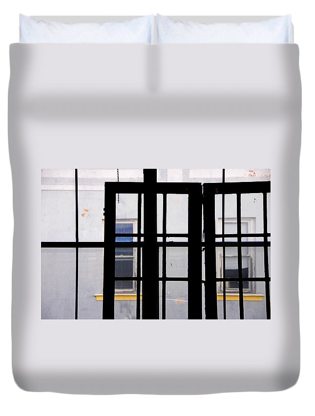 Skip Hunt Duvet Cover featuring the photograph Rear Window 1 by Skip Hunt