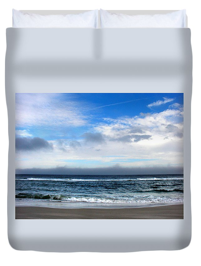 Seascape Duvet Cover featuring the photograph Receding Fog Seascape by Steve Karol
