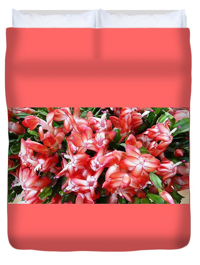 Plant Duvet Cover featuring the photograph Red Abundance by Valerie Ornstein